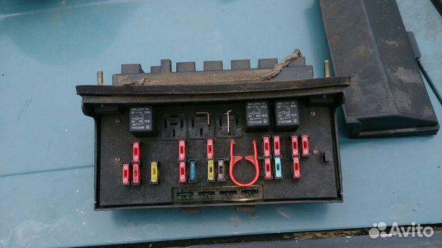 Блок предохранителей ВАЗ 2107,