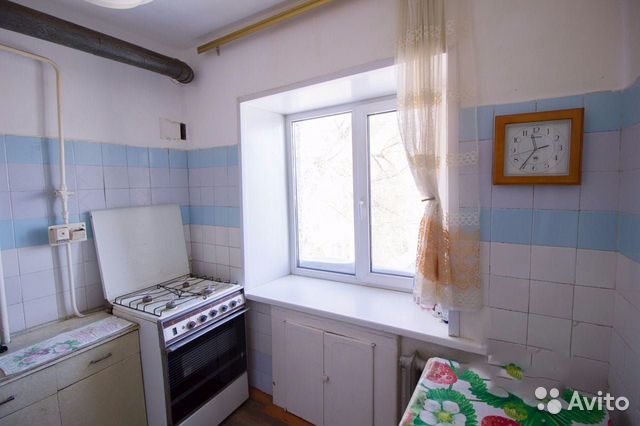Продается двухкомнатная квартира за 1 350 000 рублей. ул. Гафурова.