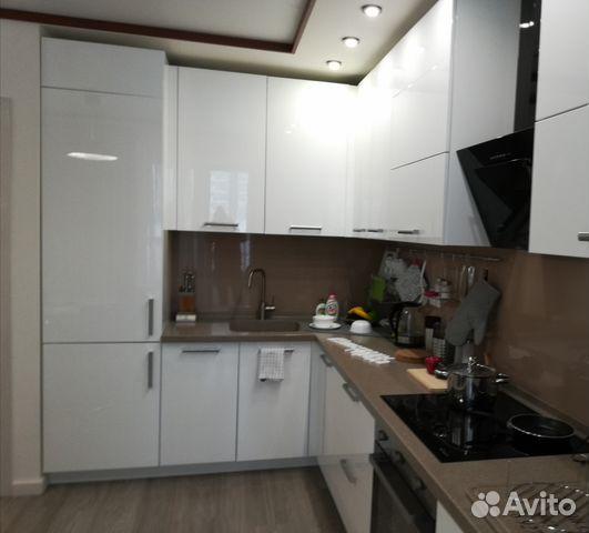 Продается двухкомнатная квартира за 2 480 000 рублей. Казань, Республика Татарстан, улица Химиков, 15.