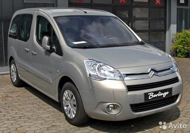 Запчасти б/у Citroen Berlingo 2009г. 1.6 дизель— фотография №1