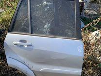 Задняя правая дверь Тойота рав4 2000-2005
