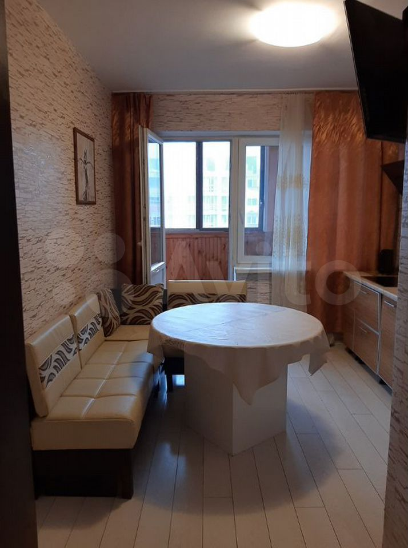 2-к квартира, 70 м², 12/14 эт.