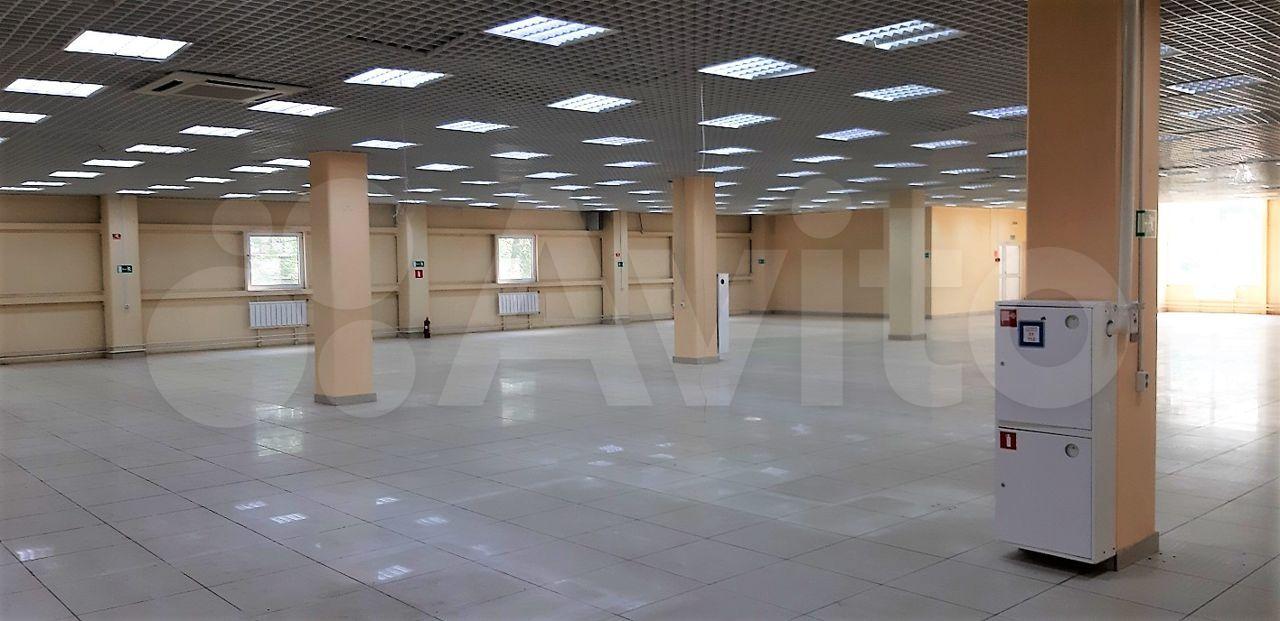 Торговое помещение, 2300 м²  285010 купить 7