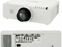Проектор 5000 лм. Panasonic PT-EZ570E